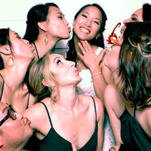 Photo booth image of Bride with bridesmaids